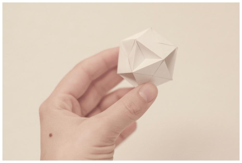Bola origami